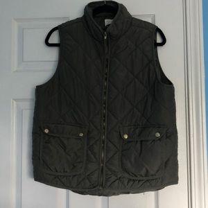 Olive grew puffy vest